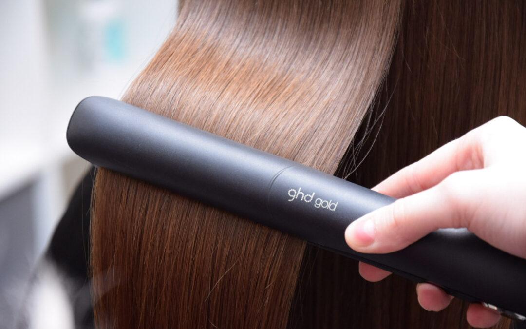 Koe hiustenmuotoilun vallankumous GHD-raudan avulla!